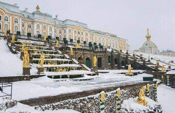 Bolshoj-petergofskij-dvorecz-zimoj